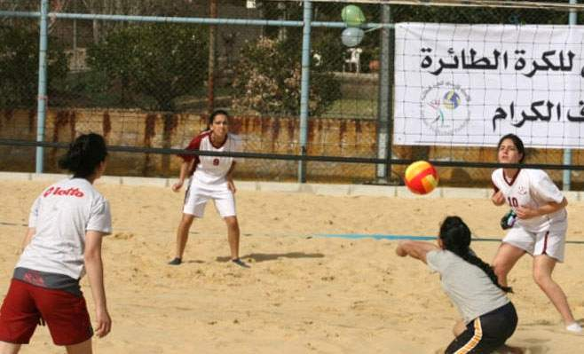 Un match du championnat arabe de beach-volley, édition féminine
